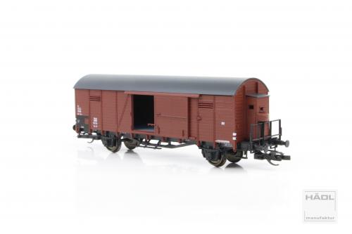 gedeckter Güterwagen Glr 22 mit Bremserhaus   der DB Epoche III